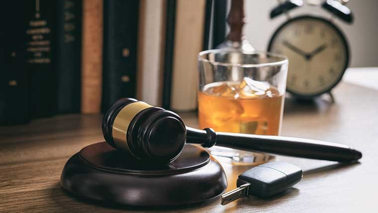 Drink and drive law & the punishment in UAE