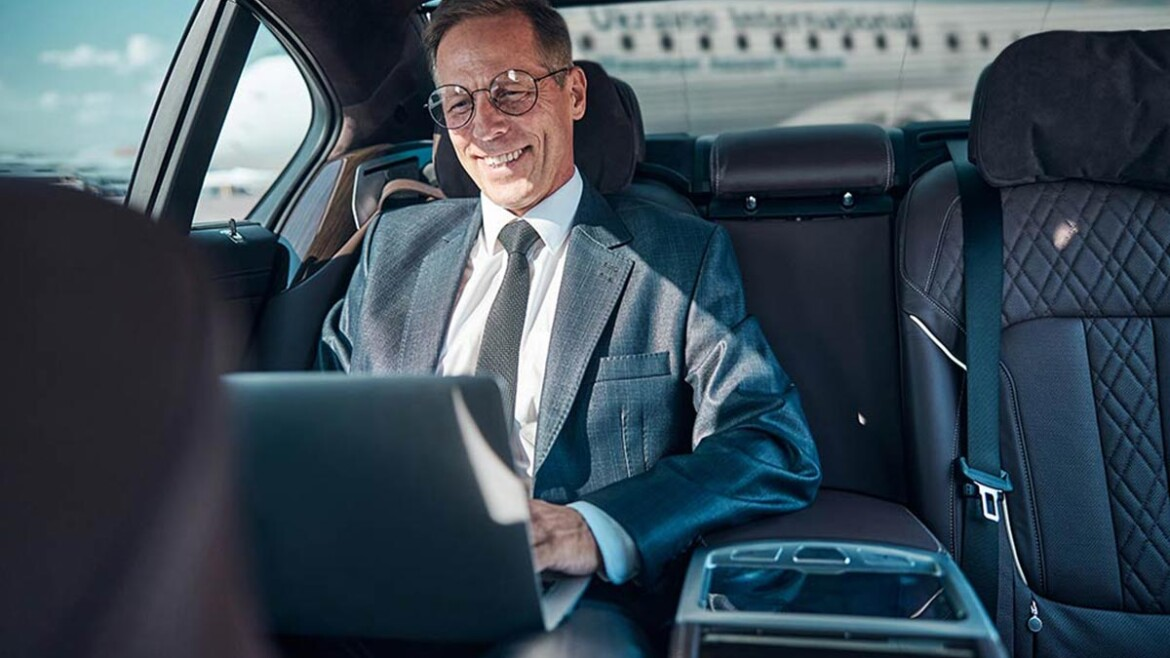 Why do you need to hire a professional safe driver in Dubai?